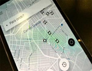 Motoristas Uber e Cabify contam com seguro específico