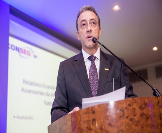 Presidente da Aconseg-SP, Marcos Colantonio