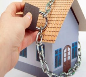 Dicas para evitar furtos a residência durante as férias