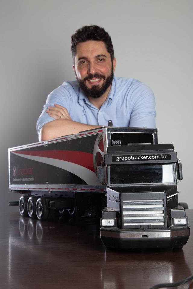 Rodrigo Rufca, gerente de marketing do Grupo Tracker