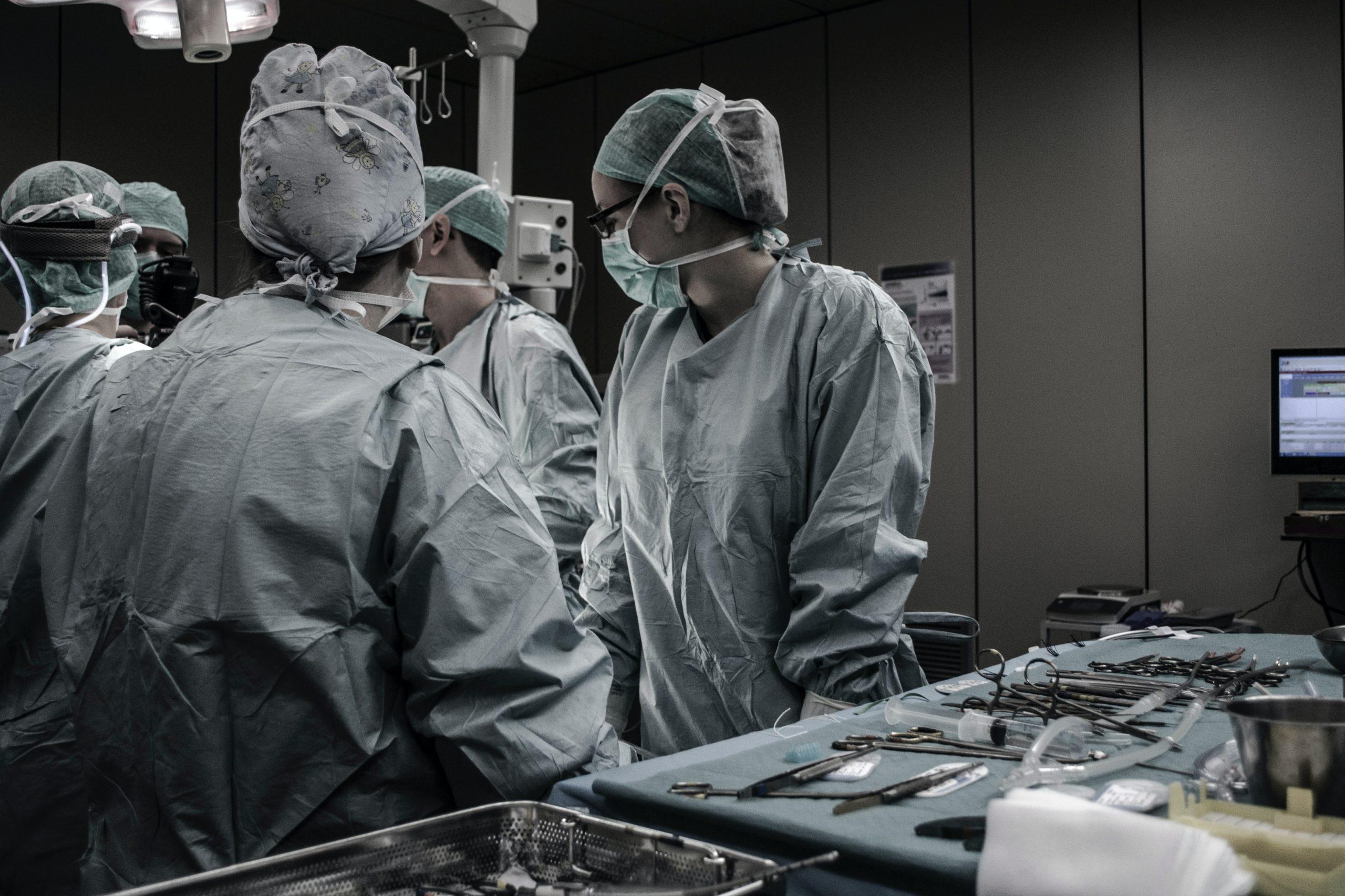 Operadoras de saúde não concordam em manter atendimentos à inadimplentes