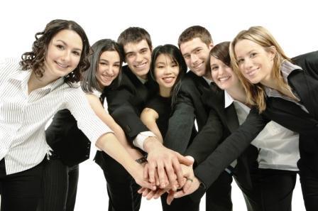 Delphos incentiva formação universitária de colaboradores