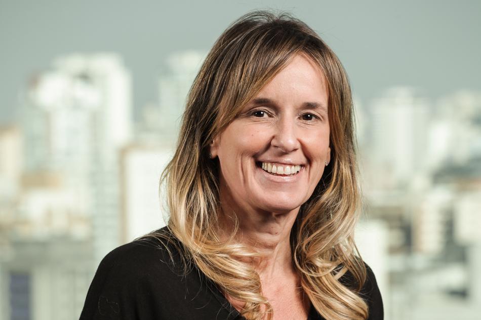 Fernanda Cortese, vice presidente de Transformação, Tecnologia e Operações da AXA