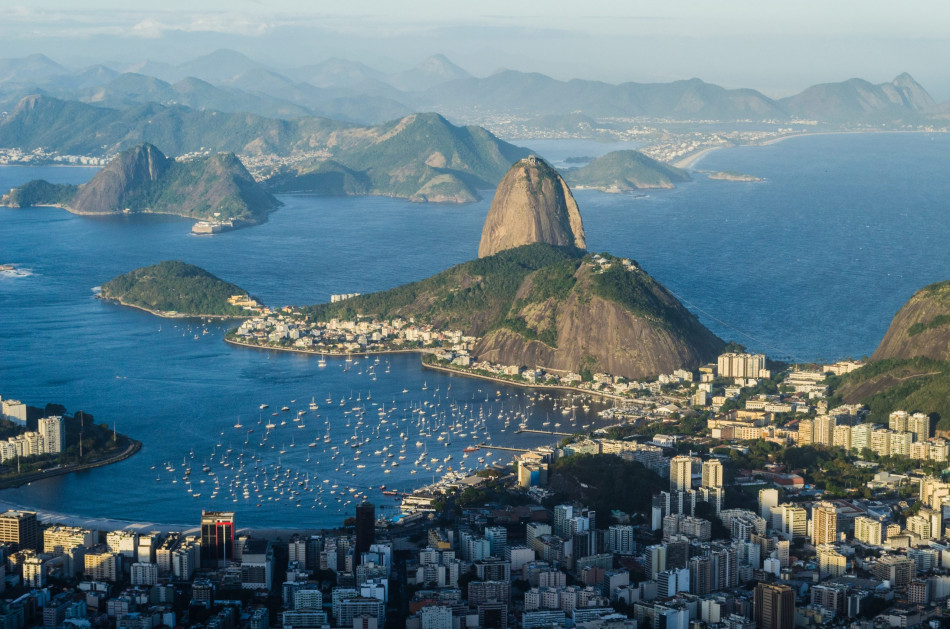 IRB Brasil RE mobiliza colaboradores para ajudar alunos de projetos socioesportivos
