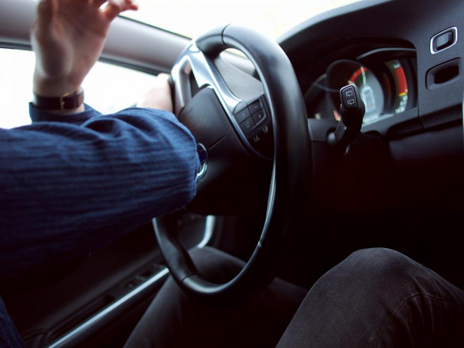 Carro parado na quarentena também precisa de cuidados extras