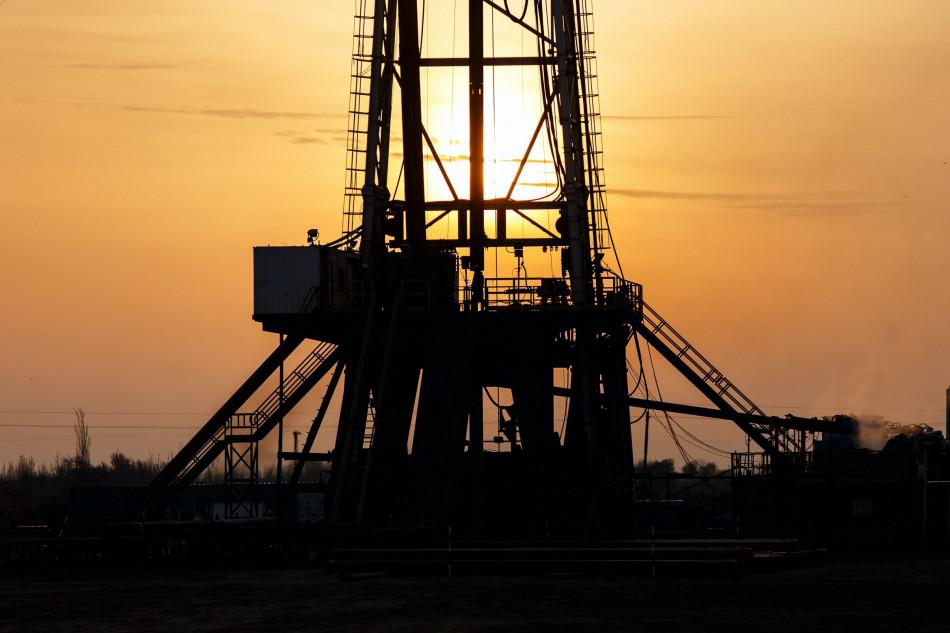 Preço do petróleo americano cai 80% e atinge menor nível da história